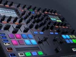 Native Instruments DJ Controller Banner