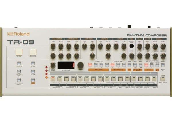 Roland TR-09_1