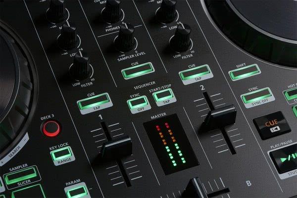 Roland-DJ-202-85a621b7c65489