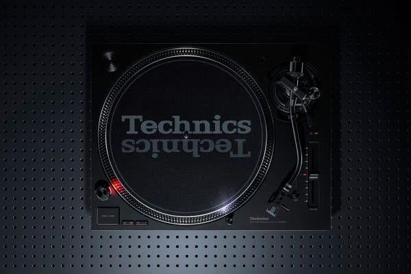 technics-SL-1210MK7-04