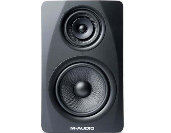 M-Audio M3-8_1