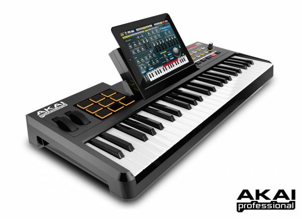 Akai SynthStation49_1